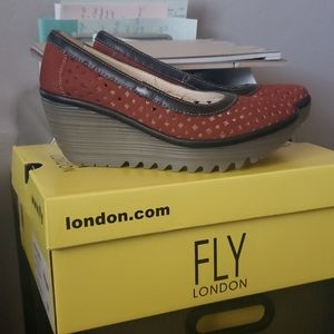London Fly Wedge